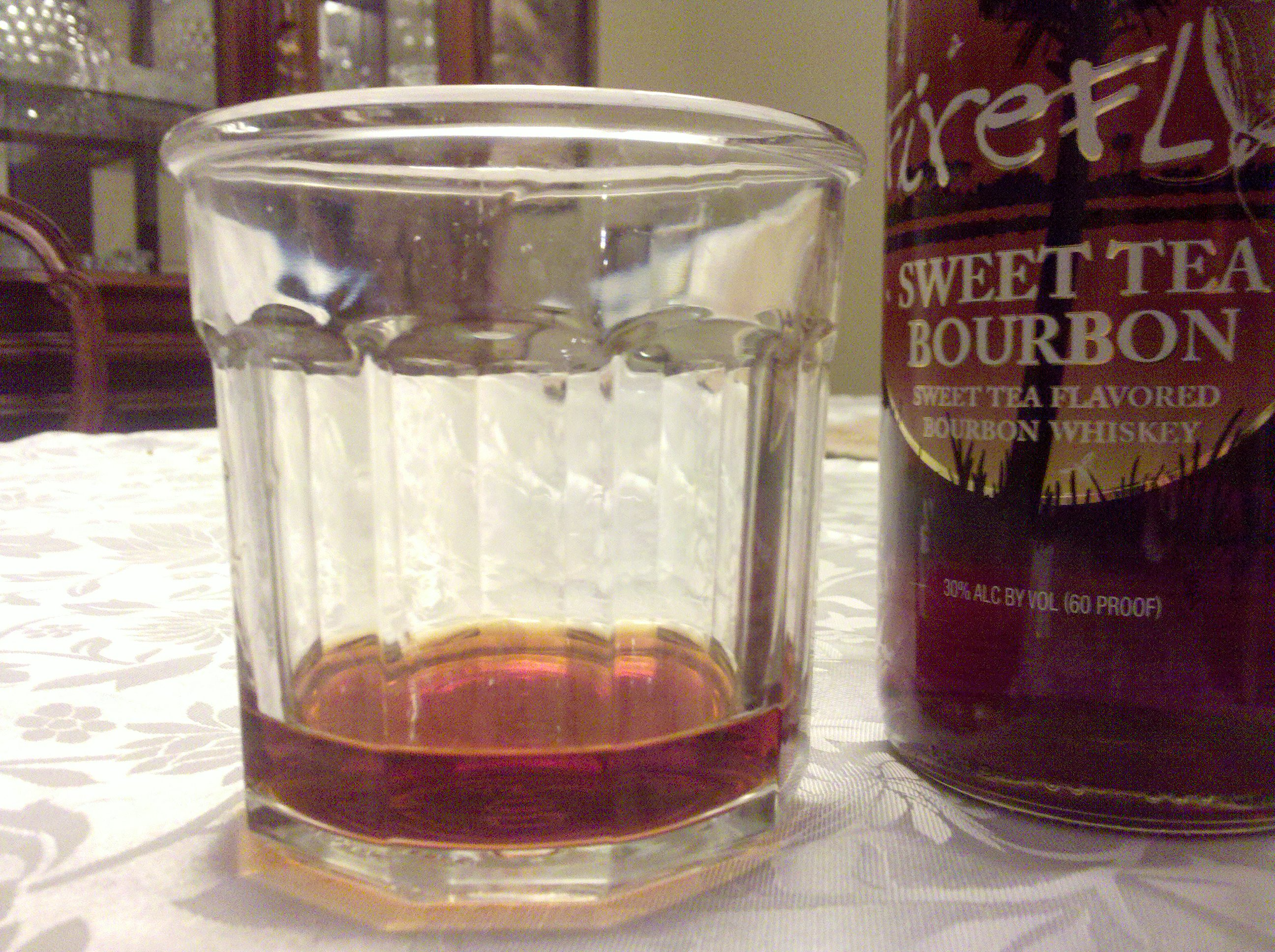 Firefly Sweet Tea Bourbon Review