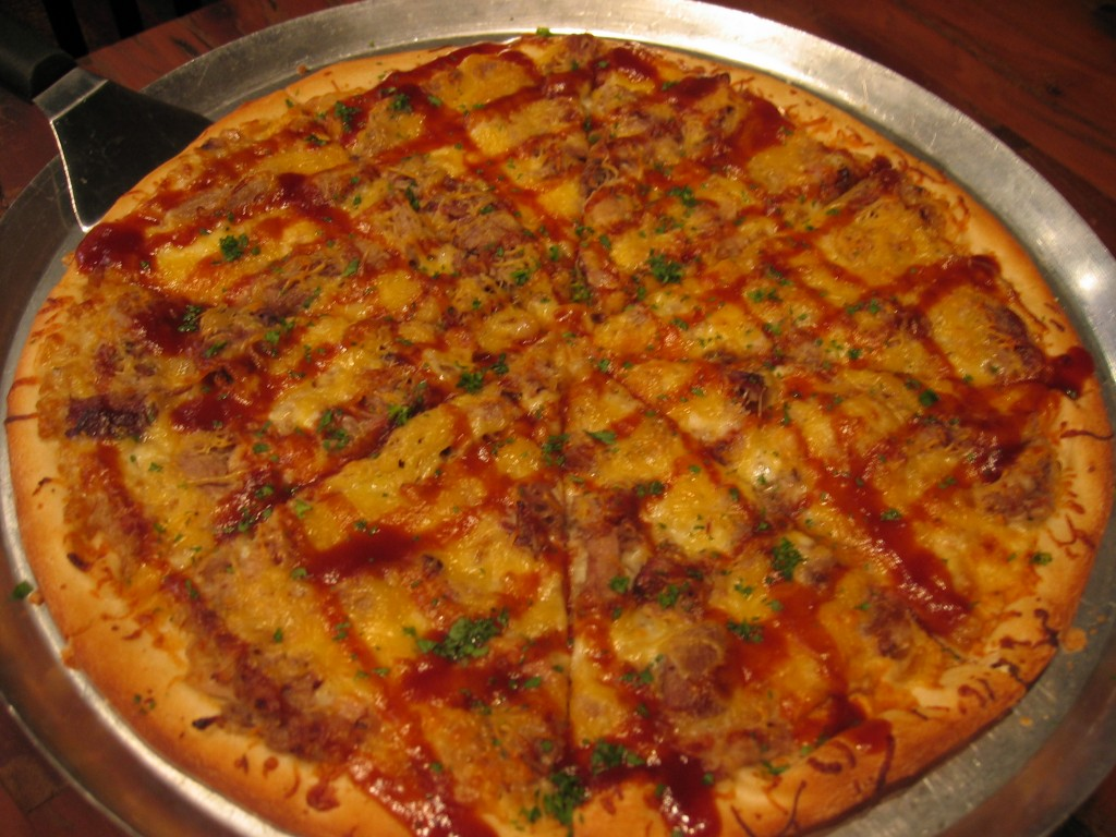 bourbon pizza with a four roses bbq sauce at impellizzeri s pizza bourbonblog. Black Bedroom Furniture Sets. Home Design Ideas