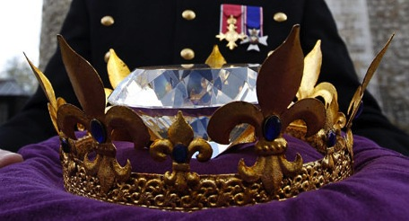 Queen's Jubilee Large Crystal Diamond