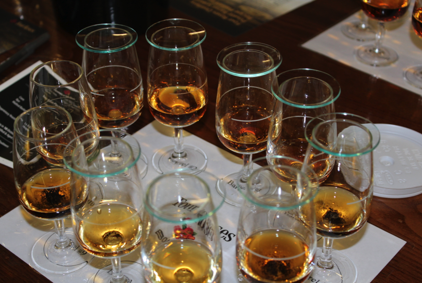 Sampling all 10 unique recipes of Four Roses Bourbon Whiskey
