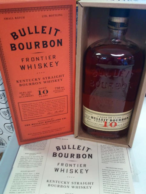Bulleit Bourbon 10 Box and Bottle