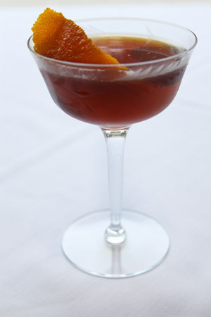 Midnight Manhattan Woodford Reserve