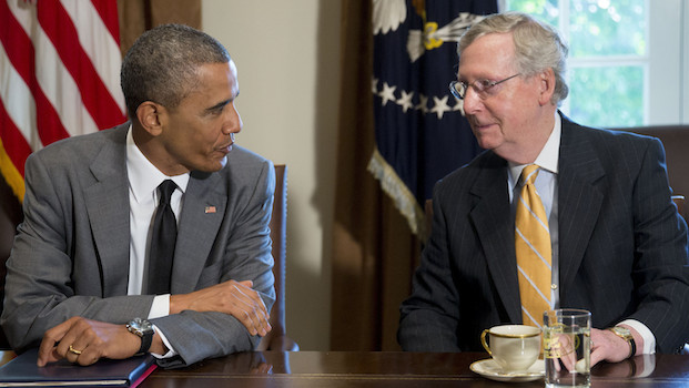 President Obama and  Mitch McConnell Have Bourbon